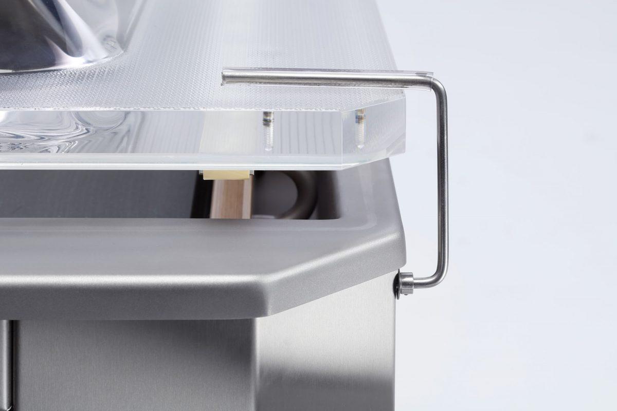 lid holder vacuum machine